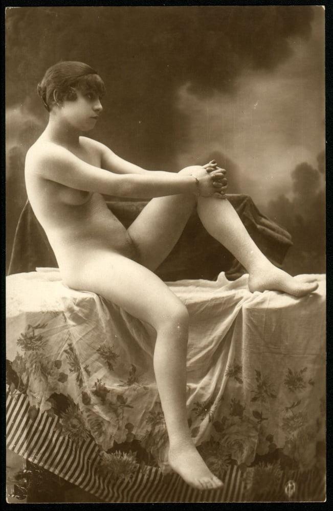 Vintage boudoir nude, adelaide women nude