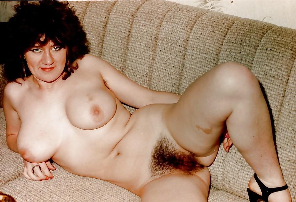 Mature Retro Hairy Pussy