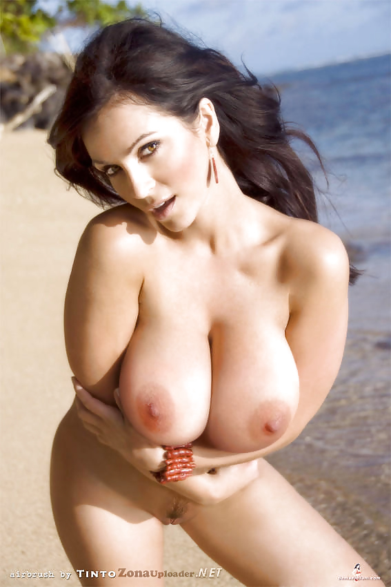 Ideal Naked Photos Of Denise Milani Pic