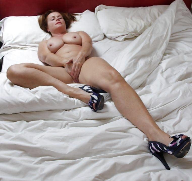 Busty milf orgasm-7780