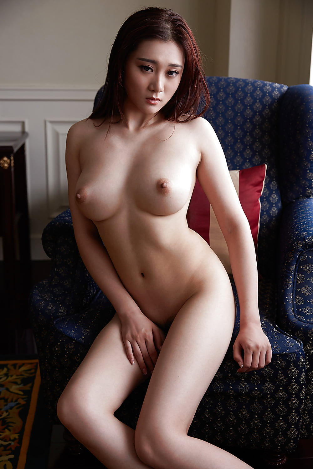 Watch This Korean Sexy Slut Strips Naked