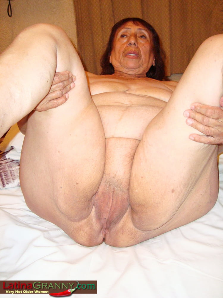 Very Very Old Granny Cunts - 23 Pics