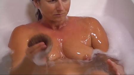 Claudia Obert Sexy