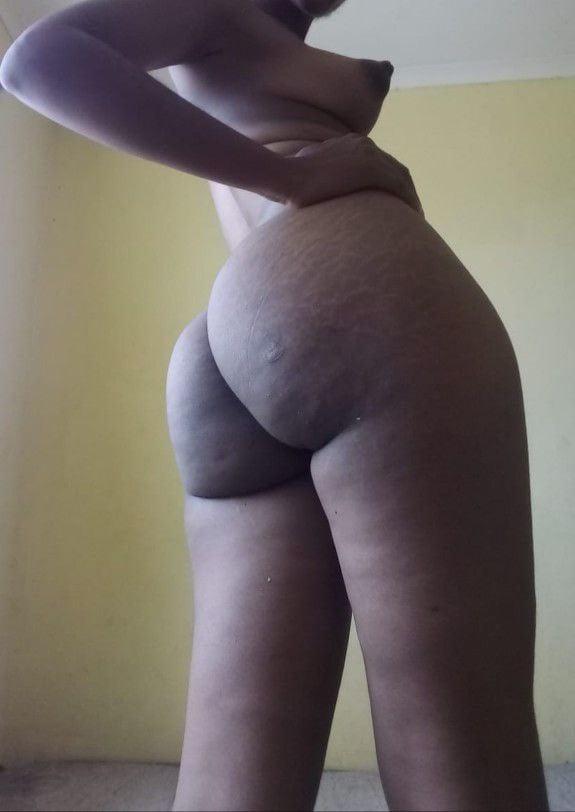 Black ebony ass - 9 Pics