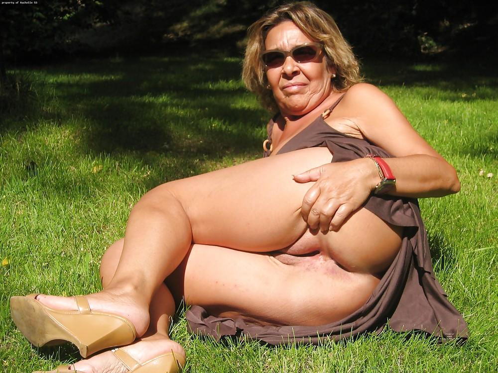 Mature Upskirt Xxx And Mom Porn Pics