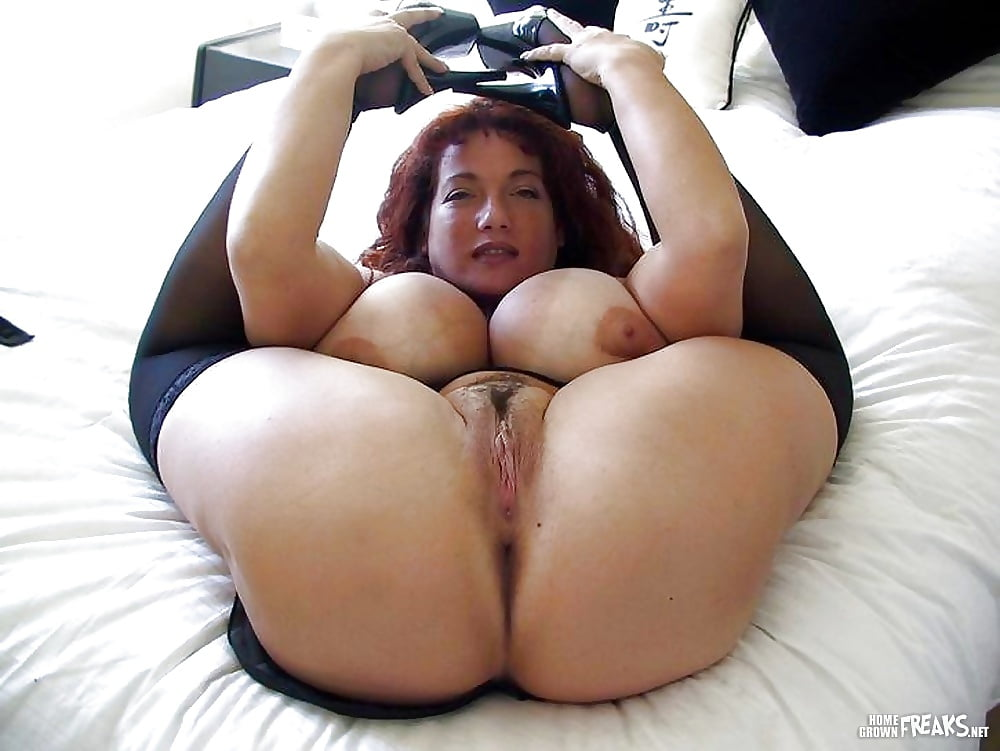 Curvy indian aunty with wide hips big ass thick thighs pics free download