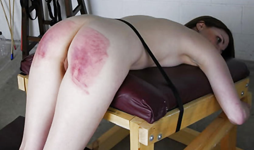 Watch Chinese Babe Severely Spanked On The Bench