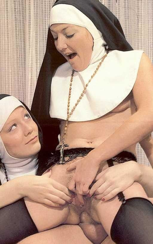 Retro nun galery