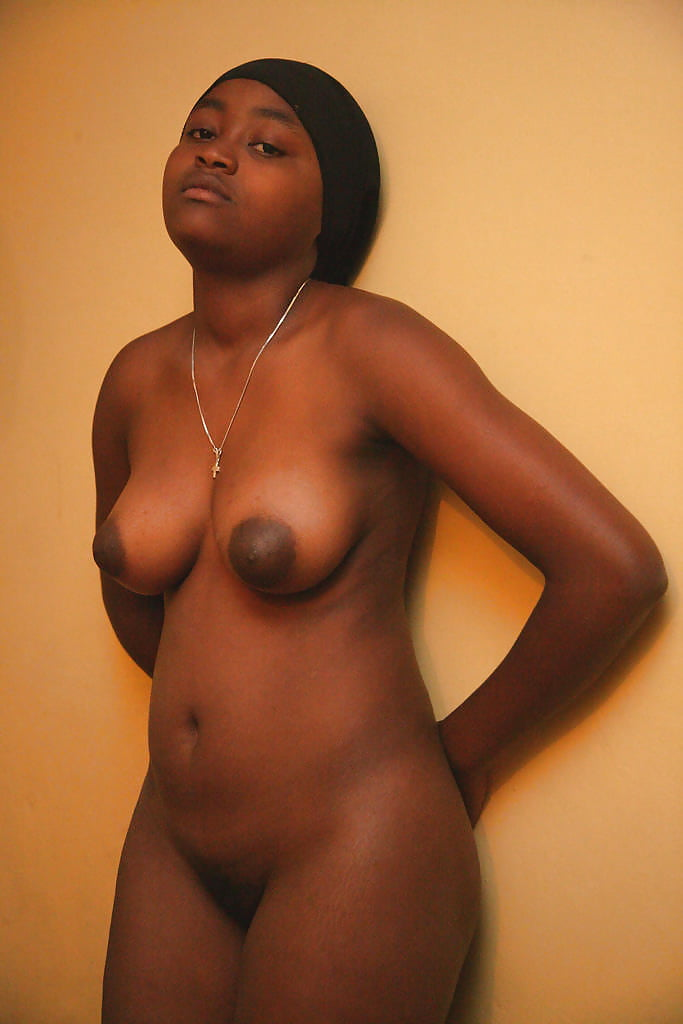 black-saggy-womennaked