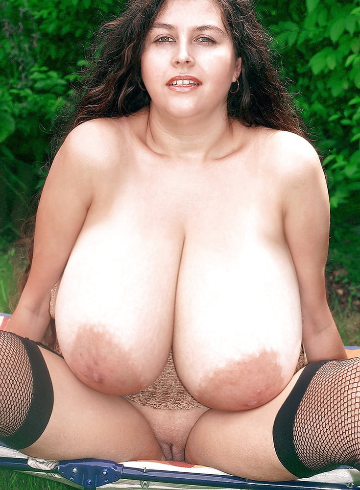 Giant natural tits milf-4863