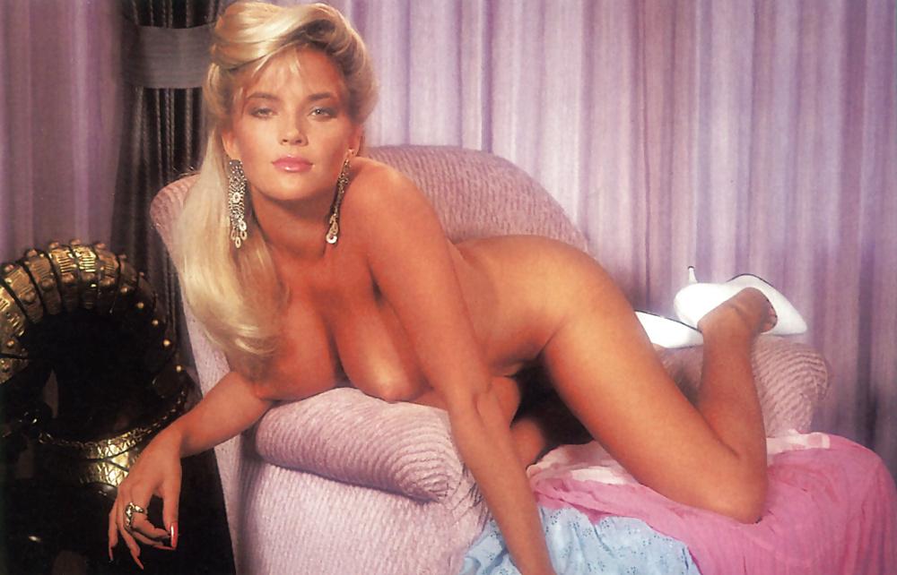 Brandy Ledford, Kristy Swanson Sexy Zebra Lounge