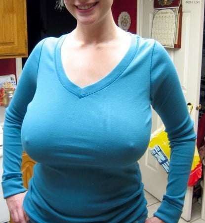 Girl in green shirt big tits Super Fit Hentai Girl With Big Tits Ultra Hd T Shirt By Hi Res Society6