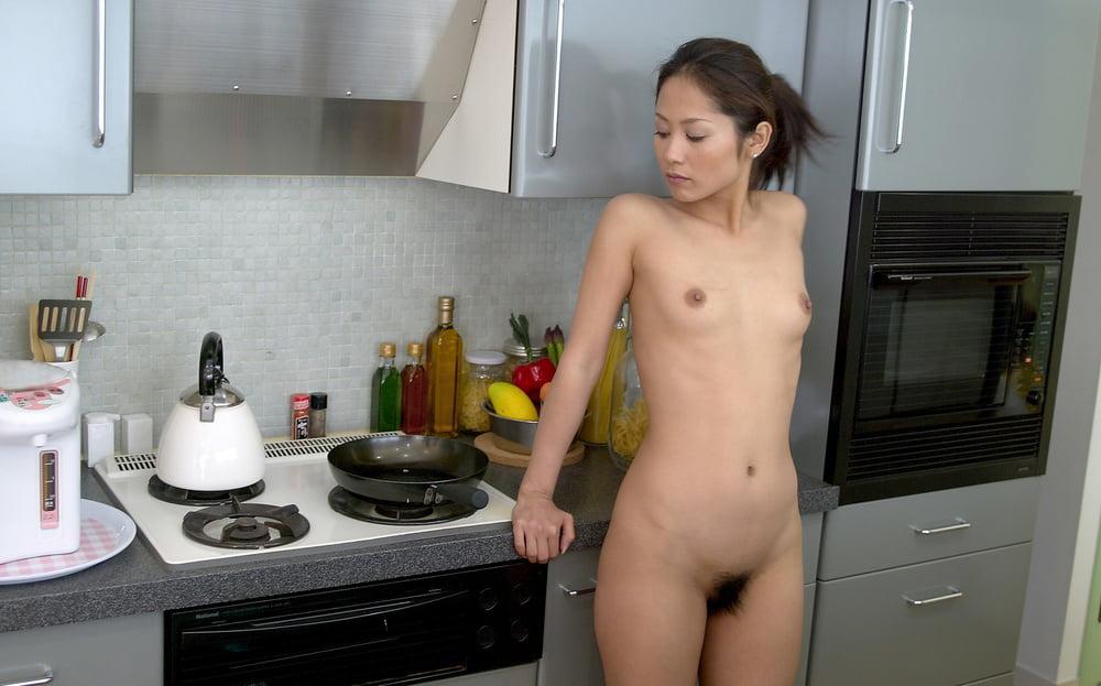 Naked japanese housewife erotic