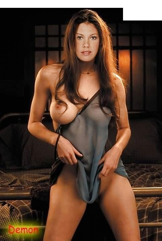 Celeb Naked Pictures Of Nikki Cox Pic