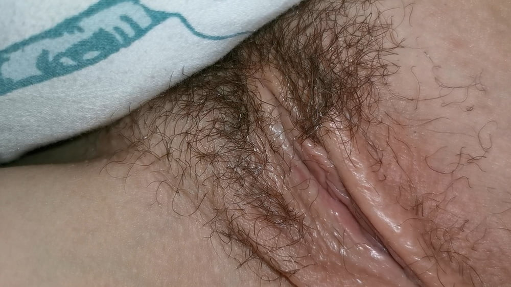 Unaware Wife Pussy - 10 Pics