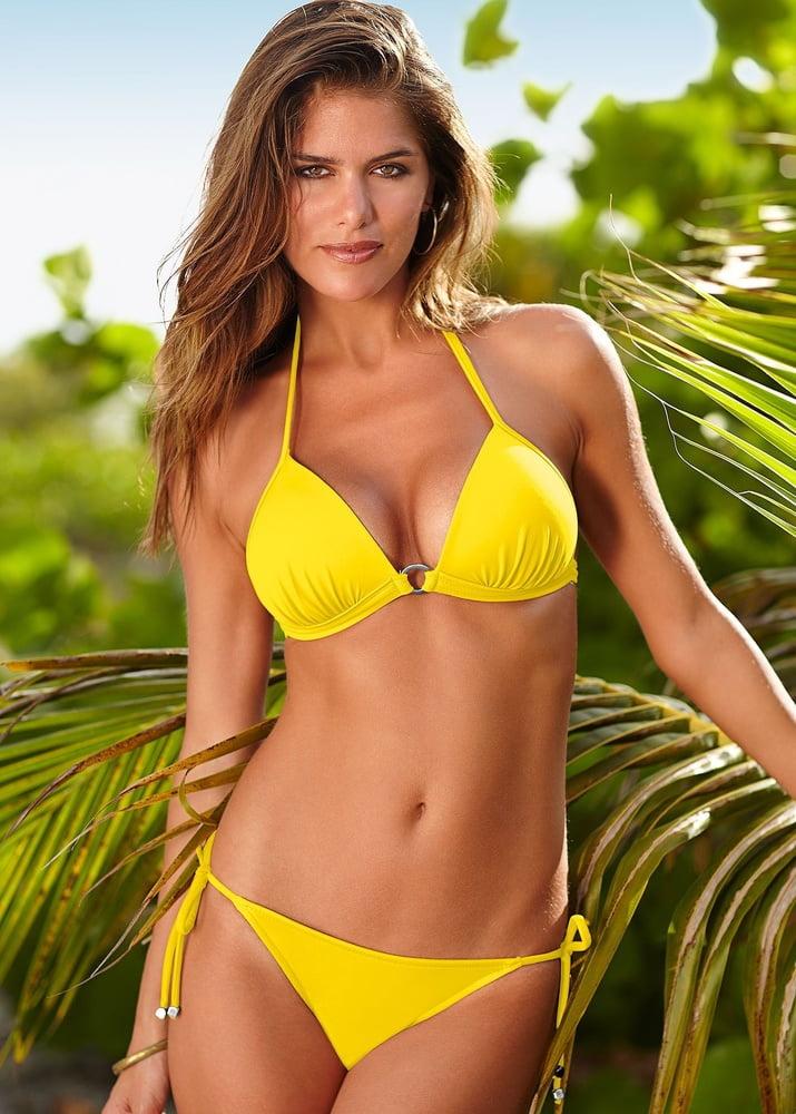Hot Lingerie Model Anahi Gonzales - 32 Pics