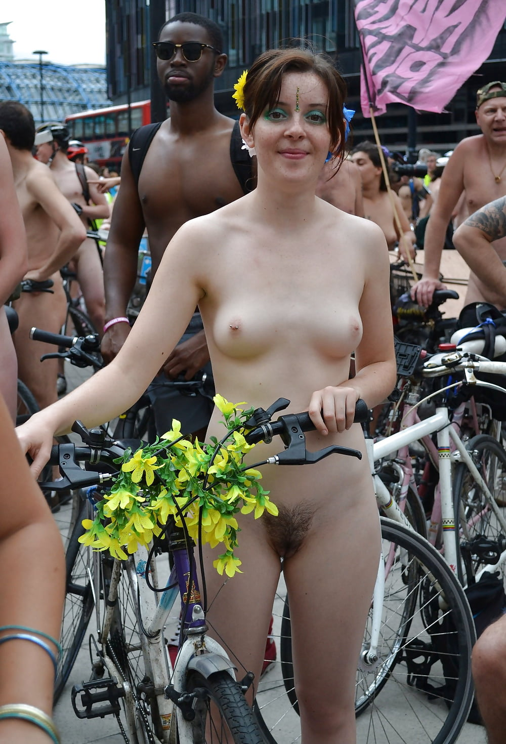 girls-naked-london-girls-fuck-anmals
