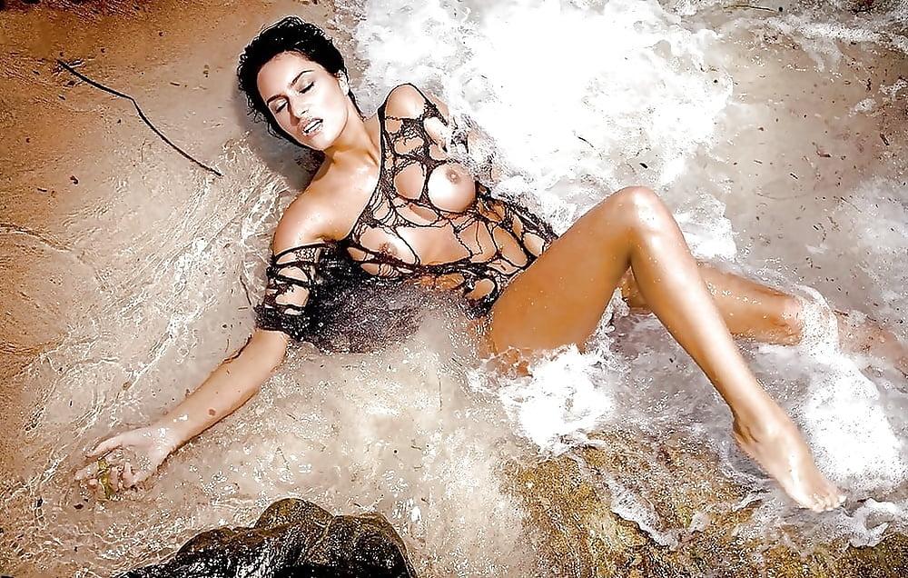 Summer altice nude playboy wet wild slippery when wet watch online