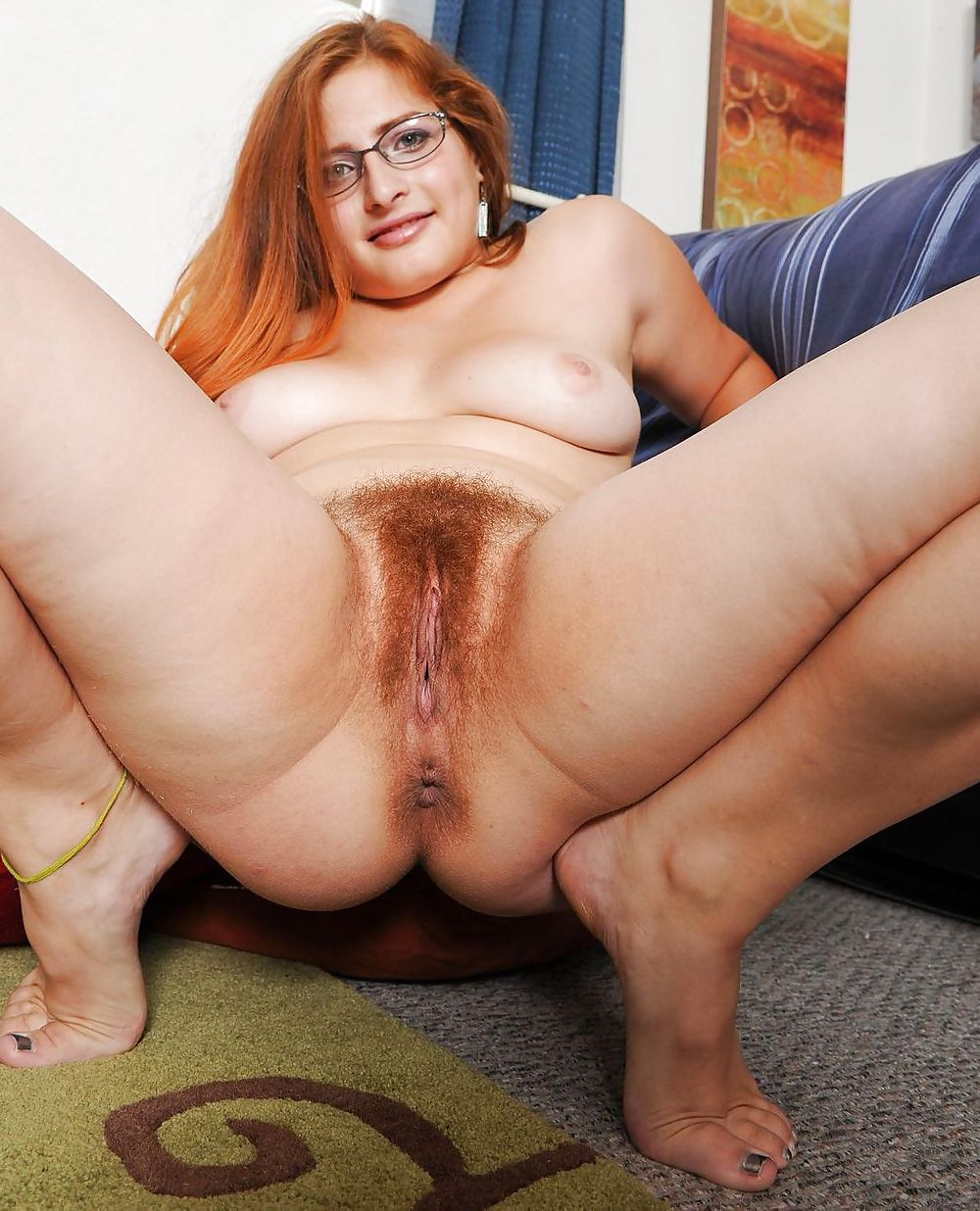 Chubby nudes with hairy asses — img 11