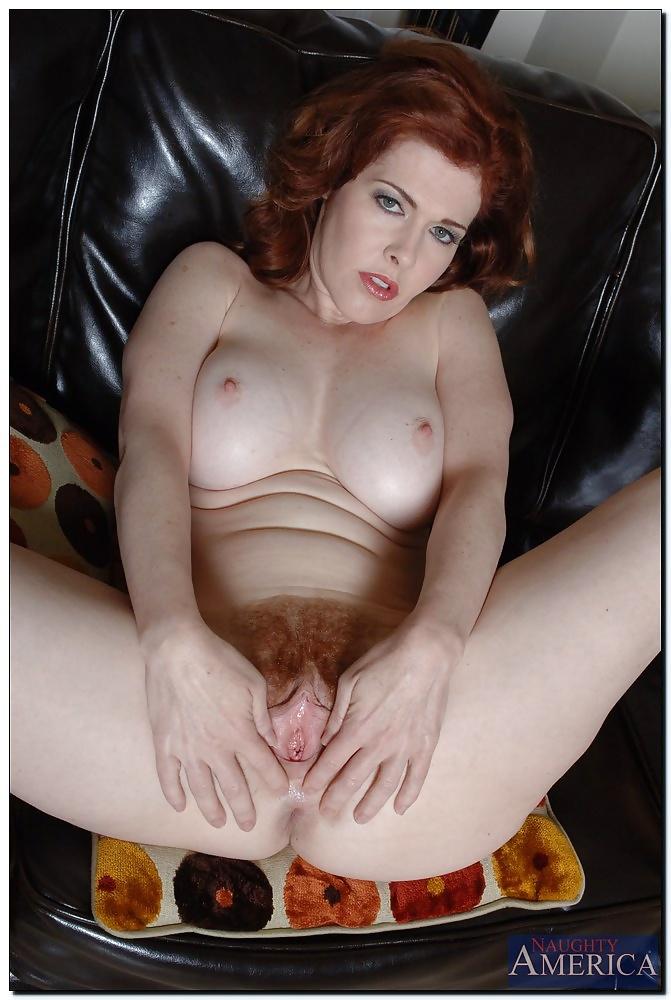 порно рыжих зрелок в форме бросьте этот бред