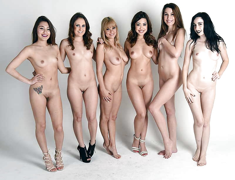 Group nude shot — photo 3