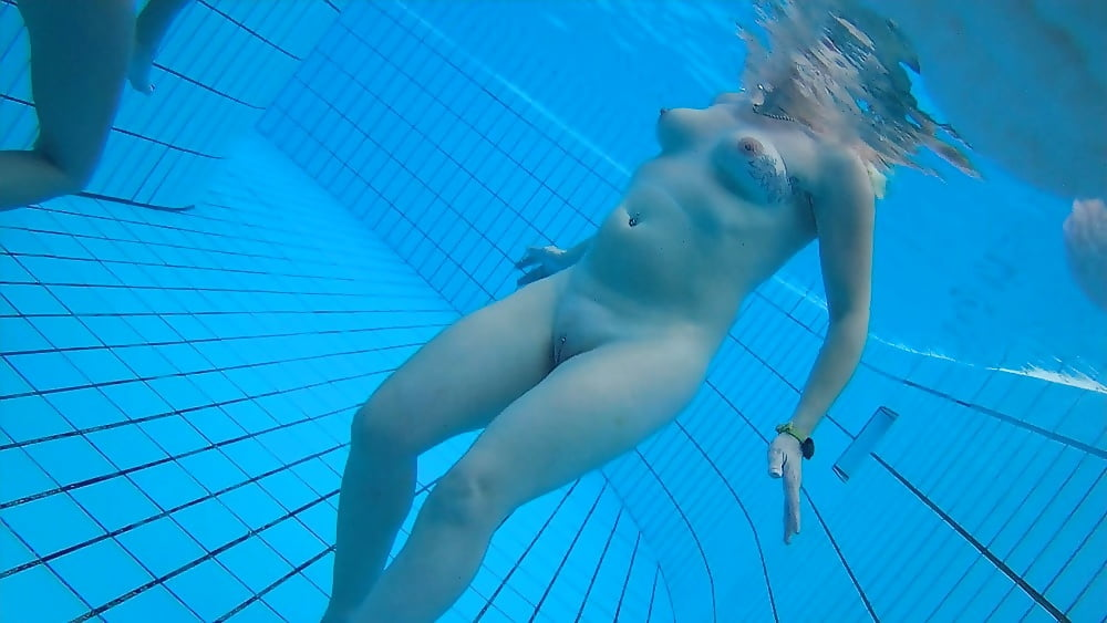Underwater Sex Pool Fingerfant Luxuretv 1