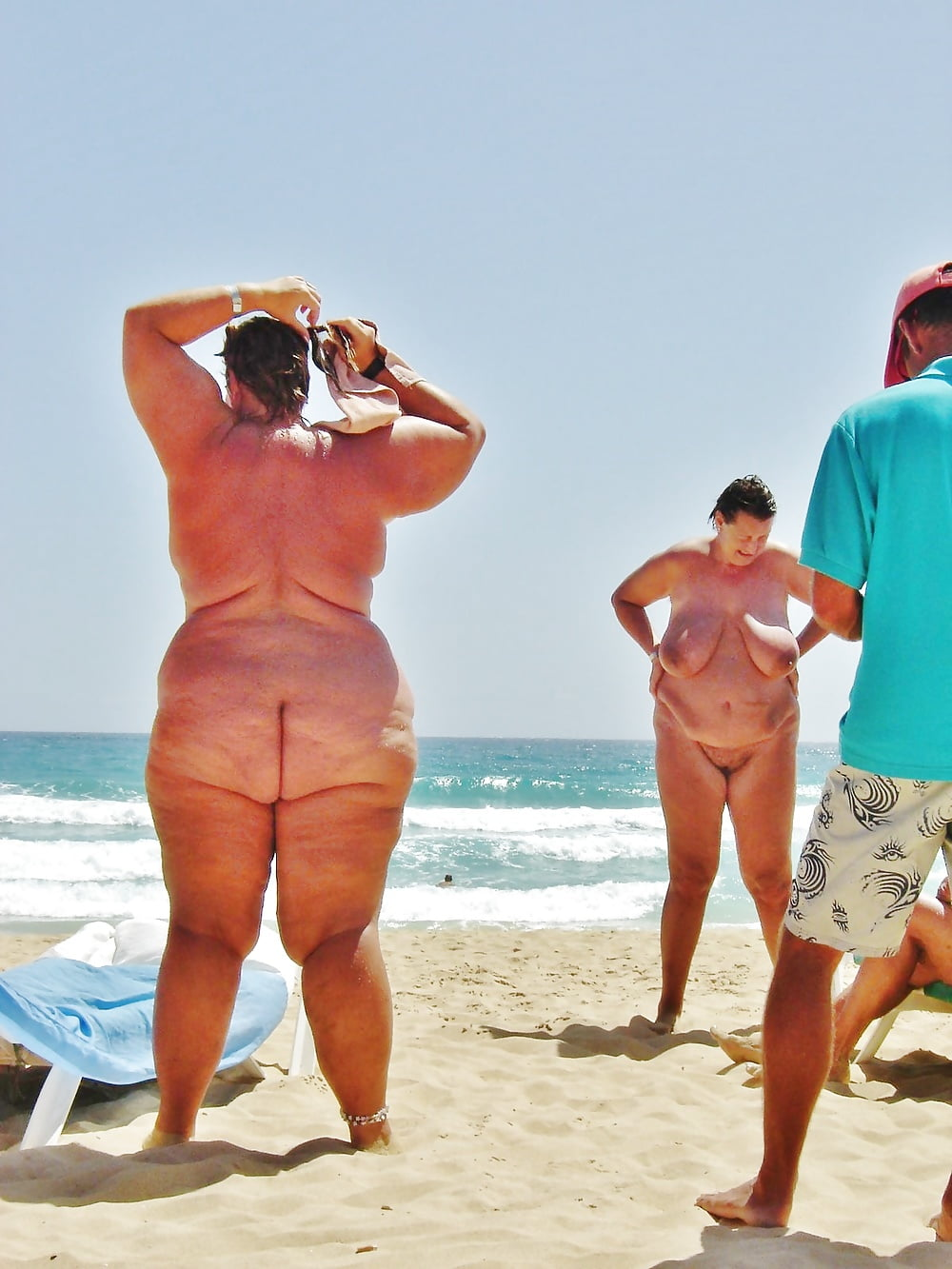 Fatty womens and fat mens at nude beach — 7