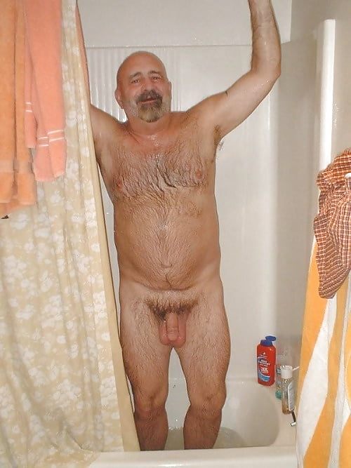 old-man-shower-nude