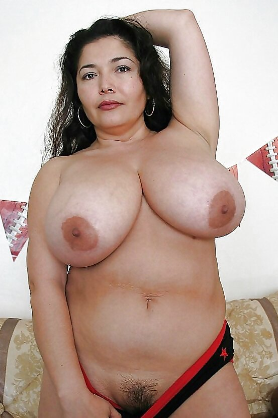 busty-nude-mexican-moms