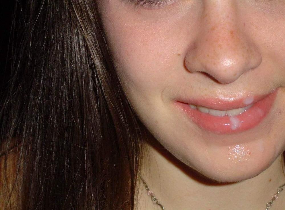 Фото пухлые губы женщин на лице в сперме неволе россии