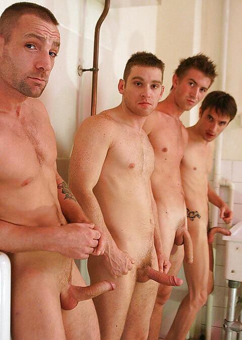Gruppe nackt Orgie