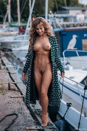 Katerina Klein  nackt