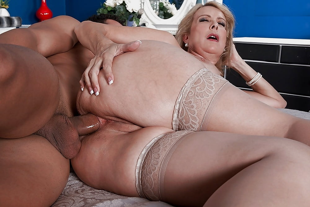 big-ass-old-women-love-fucking-any-anything