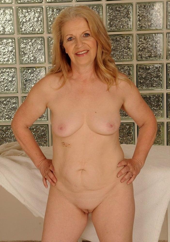 cute-old-nude-women