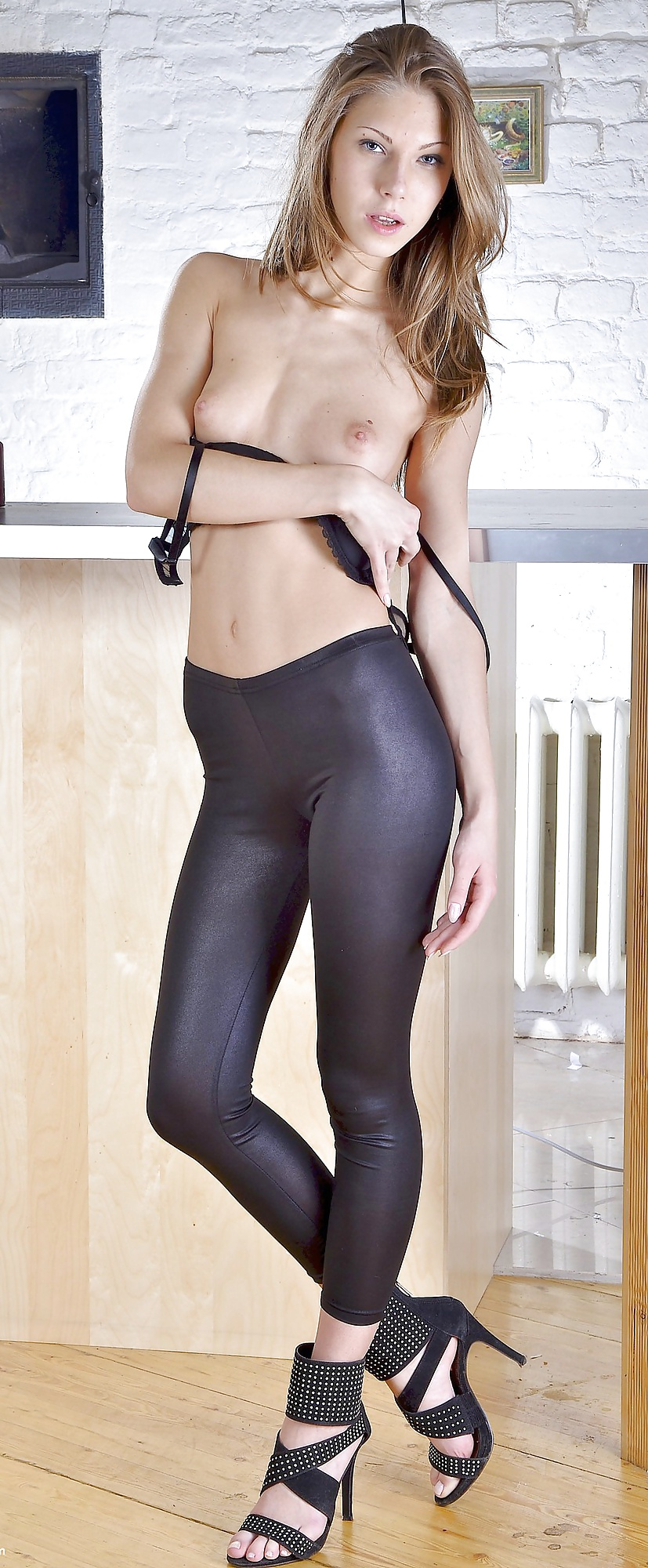 Young babe sexy leggings, sasha alexander nude gif