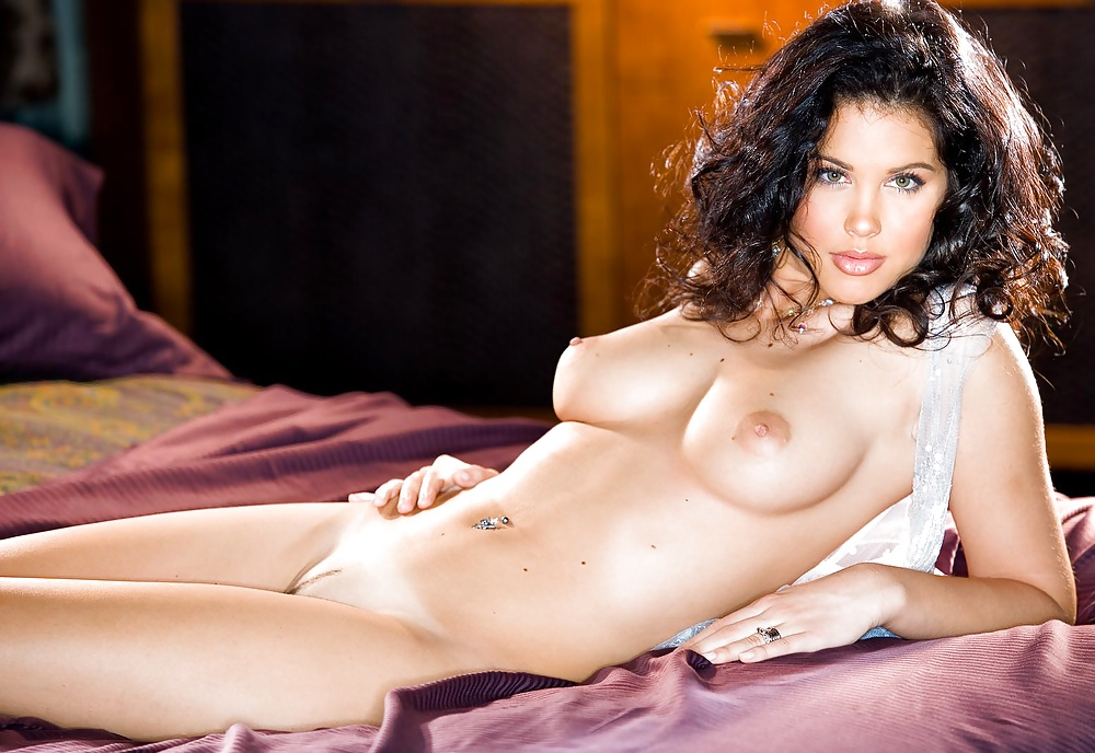 curly-naked-playmate