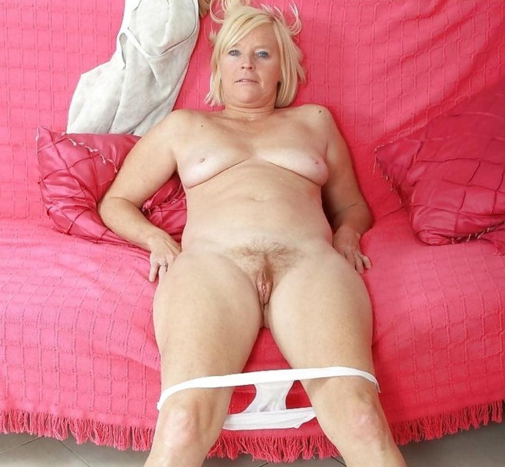 pornhub cougar lesbian