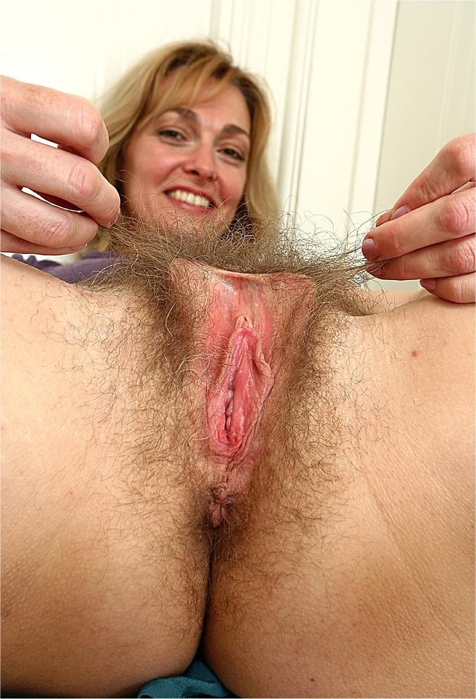 Hairy mature women masturbating-3675
