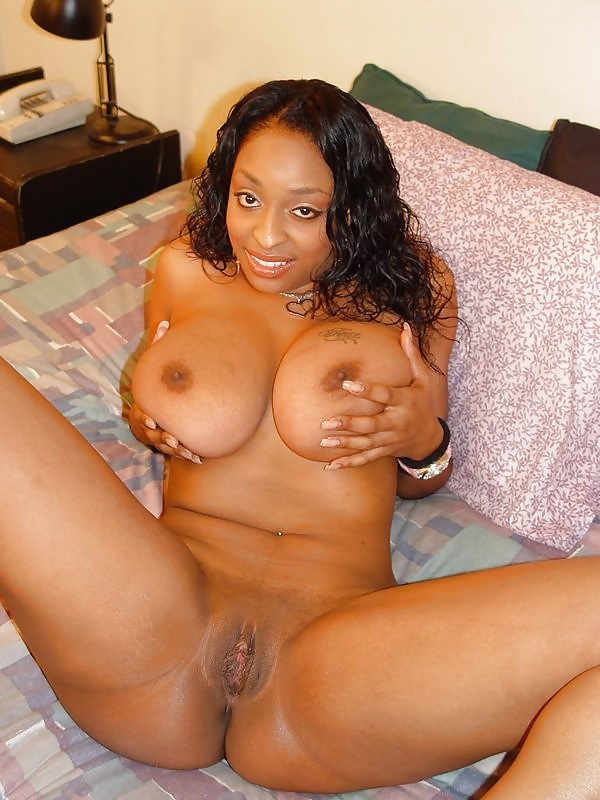 Black girl with big tits and nice pussy 11
