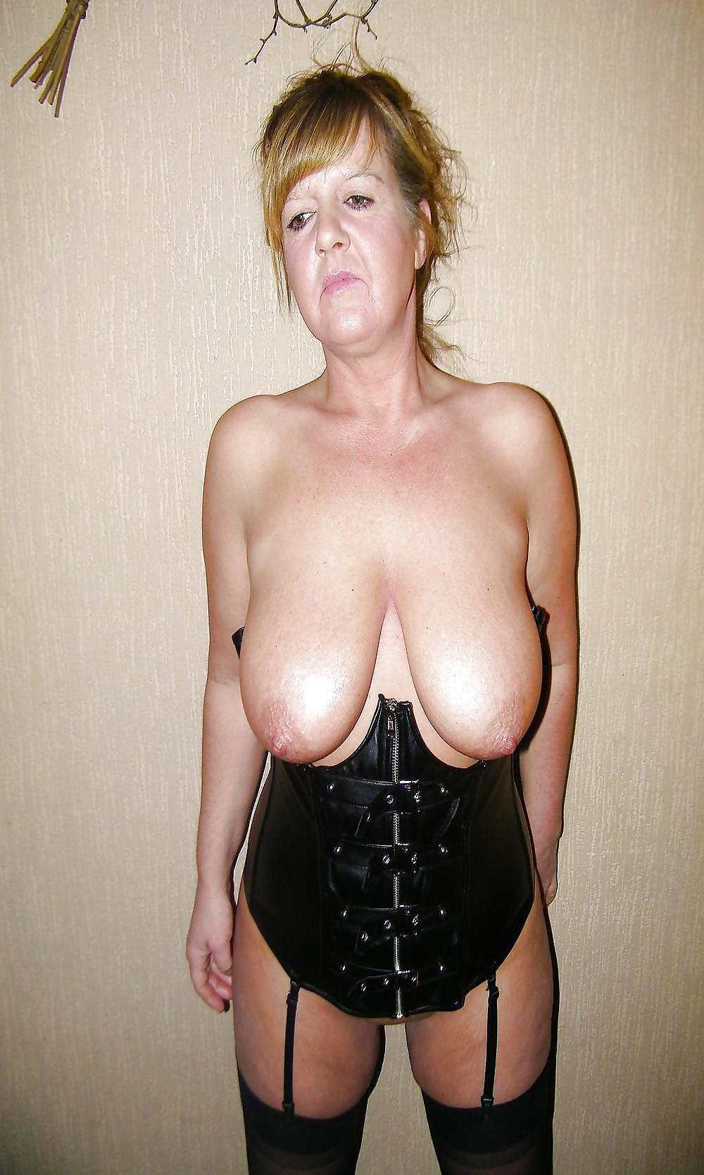 womens tits Mature saggy