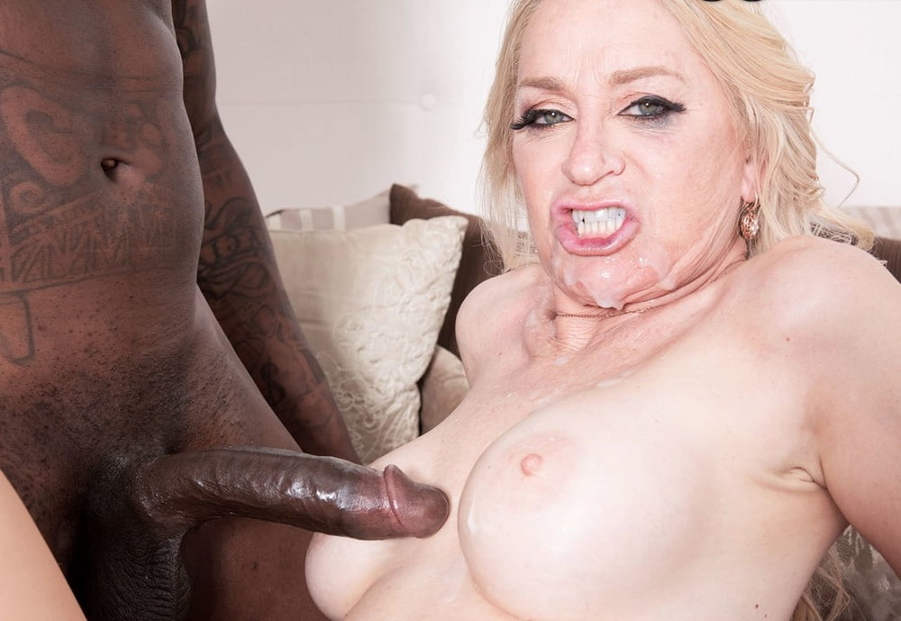 Nice Boobs Milf Robin Pachino In Bedroom Hardcore Fucked By Big Cocky Hunk
