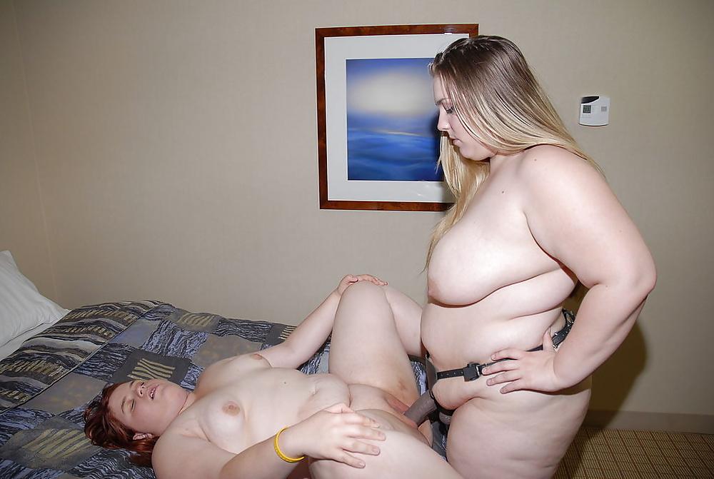 Big tit bbw lesbian strap