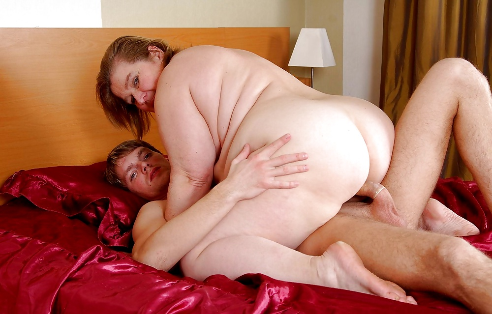 chubby-busty-older-mom-fuck-free-video-movie
