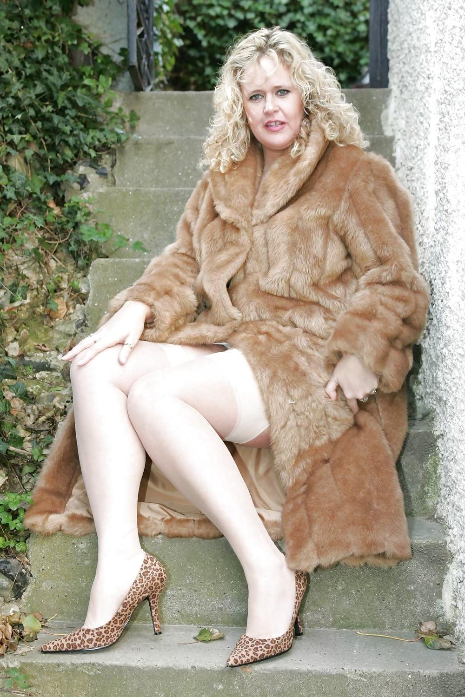 fur-mature-women-sexy