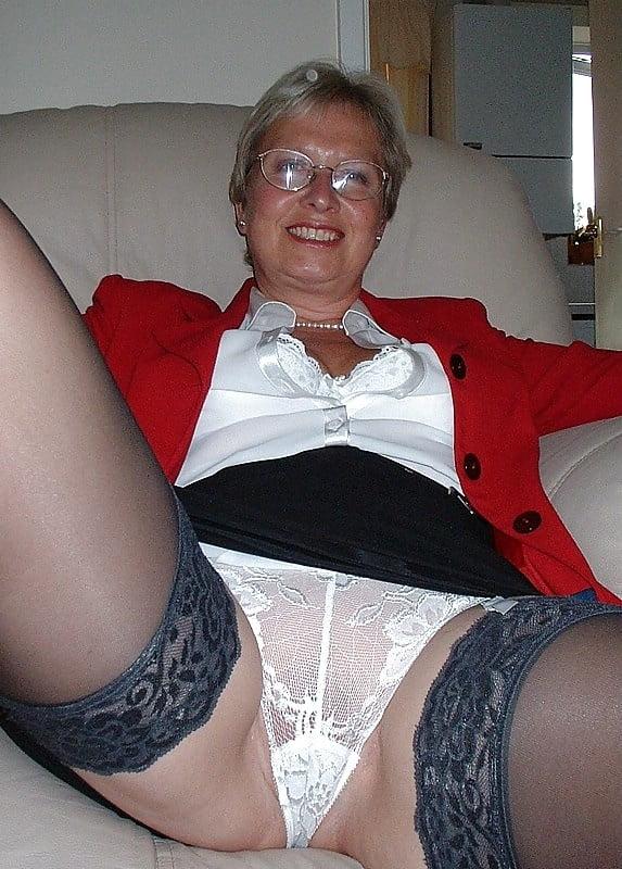 Mature older granny panty tgp — img 13