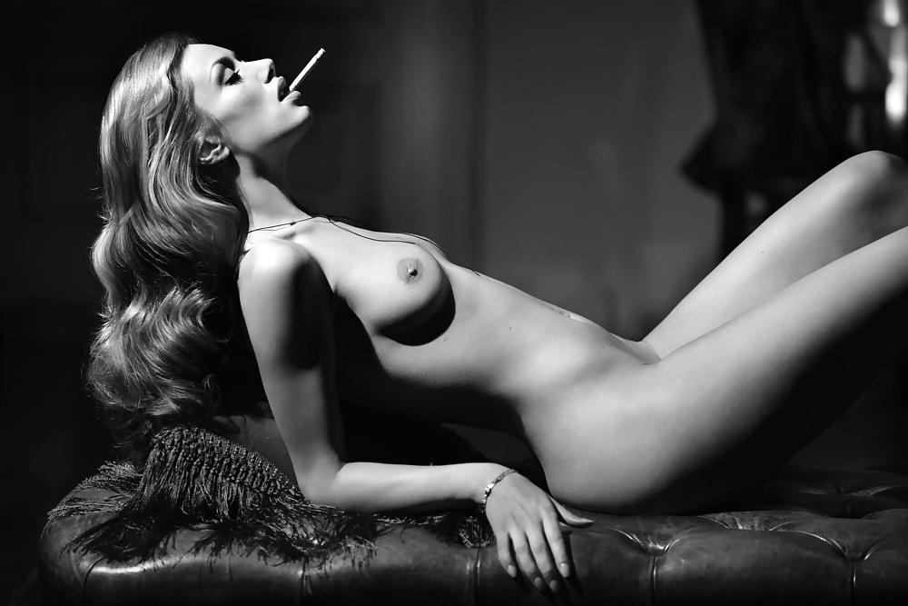 Women tasteful nude art