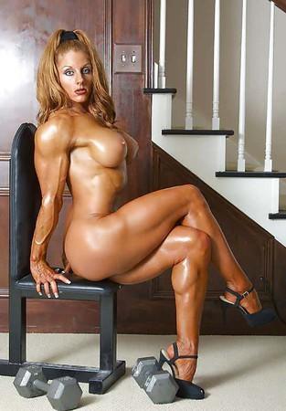 Hot Bodybuild Nude Woman Photos