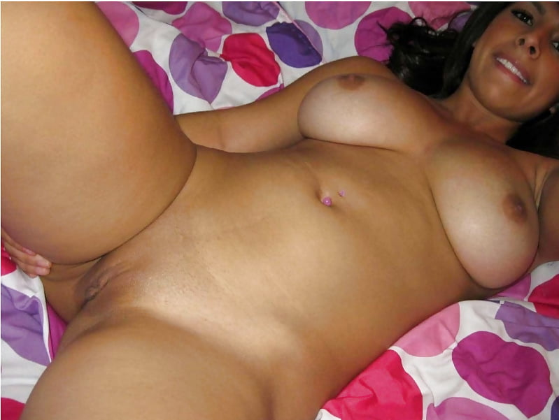 Sexy mexican girls nude on the bed