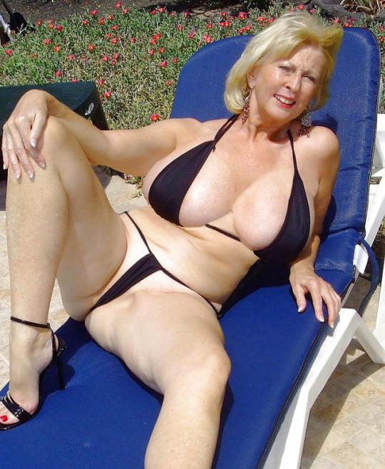Europaeerin Geil Bikini Doppelter