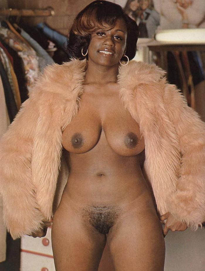 pussy-nude-vintage-ebony-nudes-home-girls